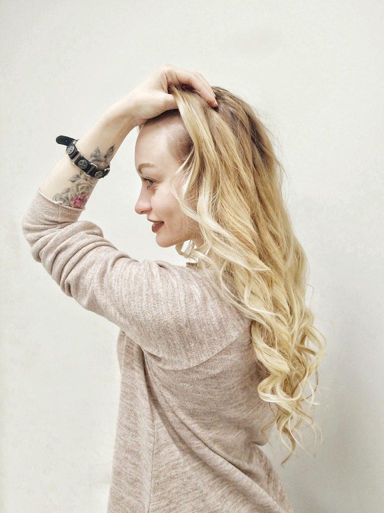 pcm1 767x1024 - Онлайн запись студия наращивания волос
